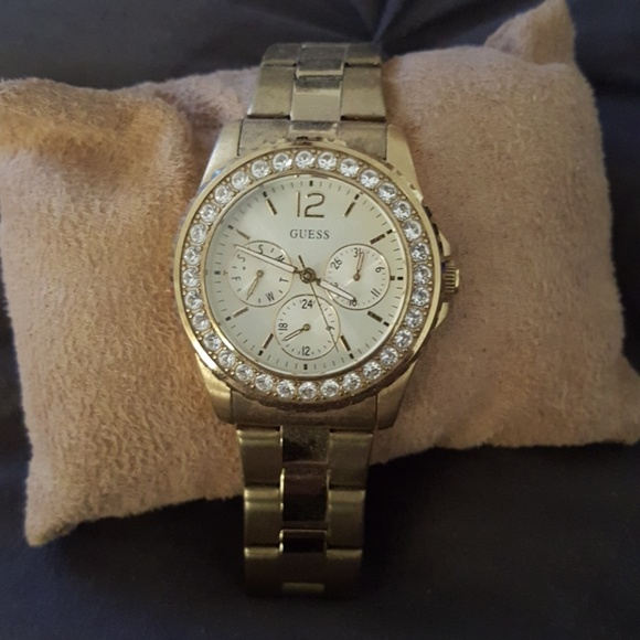 Guess Other - GUESS Gold w/ diamonds watch